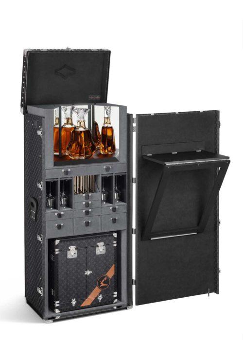 louis-vuitton-luxury-trunks-monogram-capsules-bar-makeup-case-16