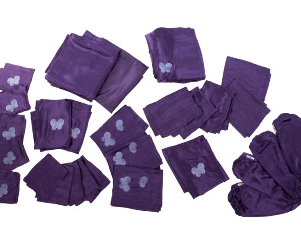 KUMI KOKOON yatak örtüsü takımı (800 dolar)
